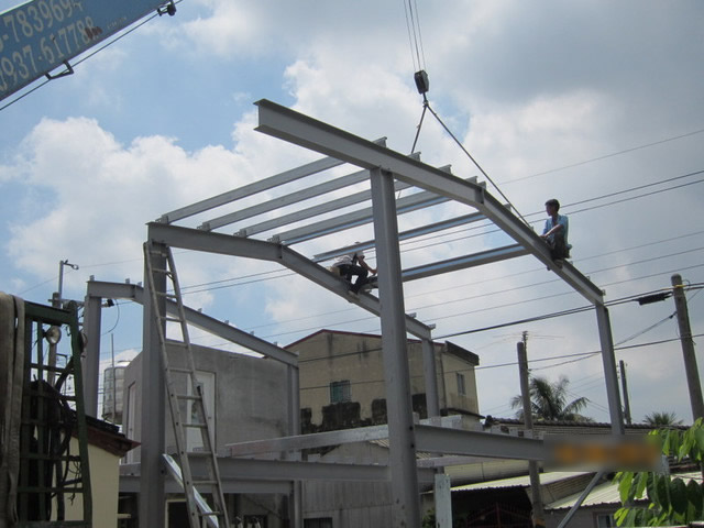工程內容:鐵皮屋自地自建-防水防曬處理-鐵皮屋水電工程